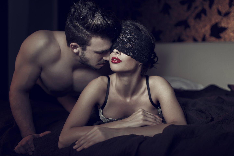 Studentė ryžosi neeilinei seksualinei patirčiai: pradžioje išbandė viena, po to – ir su vaikinu iš pažinčių portalo.<br>123rf.com asociatyvioji nuotr.