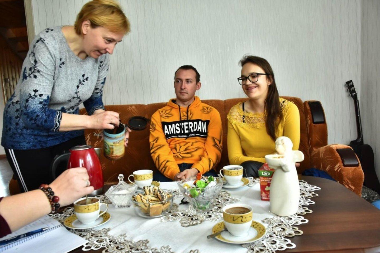 Ingos mama Ilona Kripienė su dėkingumu kalba apie donoro šeimą. <br>S.Narkaus nuotr.