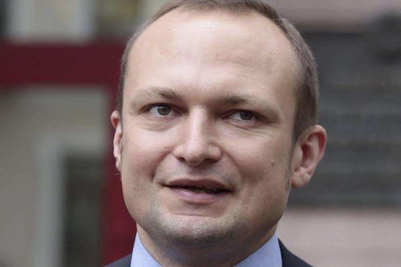 """A. Skurko, 2006-2017 metais ėjęs """"Naša Niva"""" vyriausiojo redaktoriaus pareigas, buvo sulaikytas prieš tris savaites.<br>AP/Scanpix nuotr."""