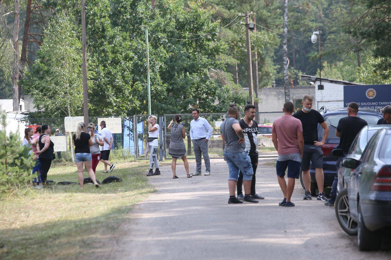 Nelegaliai kirsdami Lietuvos-Baltarusijos sieną, migrantai neišvengiamai susitinka su vietiniais gyventojais.<br>R.Danisevičiaus nuotr.