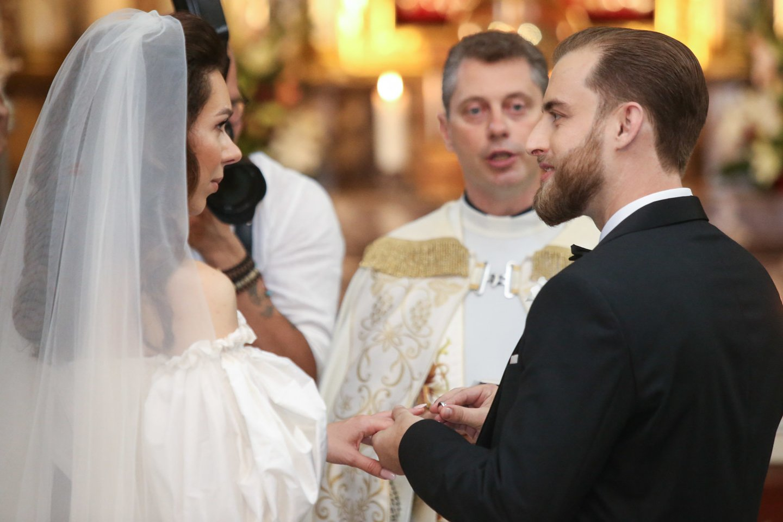 Jaunuosius sutuokė Ričardas Doveika.<br>R.Danisevičiaus nuotr.
