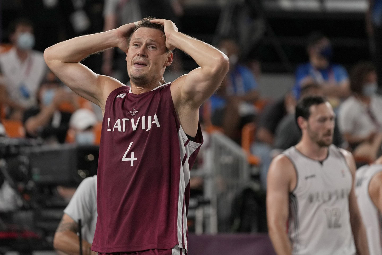 Latvijos rinktinė tapo 3x3 olimpine čempione.<br>Reuters/Scanpix nuotr.