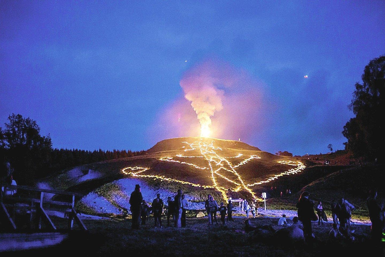 """Šeštadienį vyksta tradicinis Kartenos festivalis """"Kuršių genties vartus pravėrus""""."""