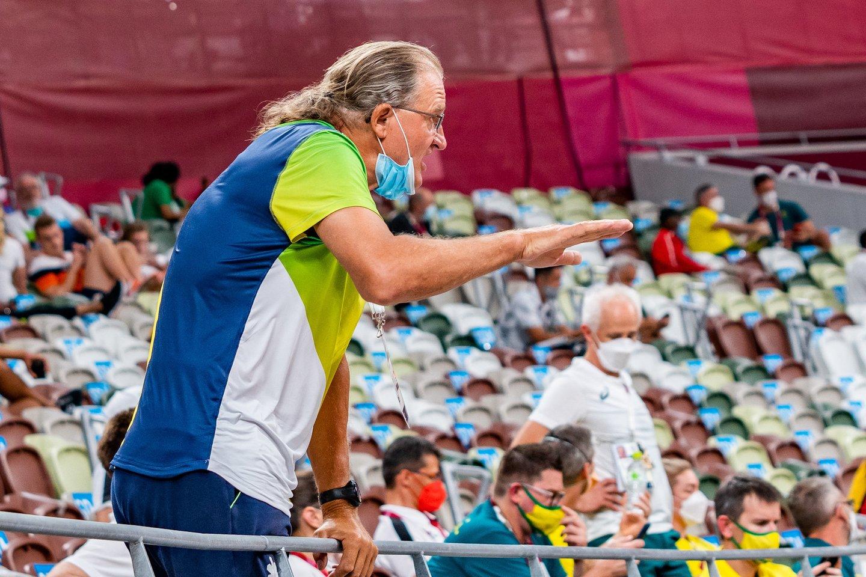 A.Gudžius į finalą pateko fiksuodamas antrą pagal gerumą rezultatą, tačiau Tokijuje buvo tik šeštas. Treneris Vaclovas Kidykas.<br>V.Dranginio nuotr.