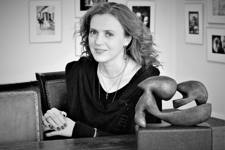 Vilniaus aukciono namų vadovė, dailėtyrininkė dr. Simona Skaisgirytė-Makselienė.<br>L.Valatkienės nuotr.