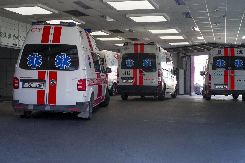 Šiauliuose paspirtuku važiavusi 10 metų mergaitė per avariją patyrė kojos lūžį.<br>V.Ščiavinsko asociatyvioji nuotr.