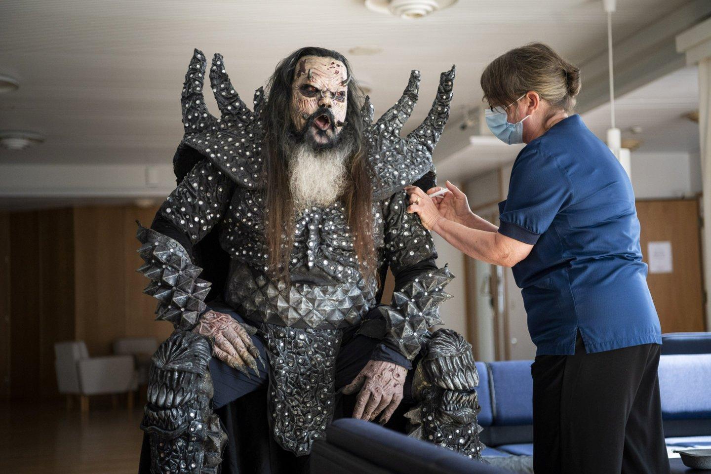 """Grupėje """"Lordi"""" dainuojantis Ponas Lordi, kurio tikrasis vardas yra Tomi Petteri Putaansuu.<br>Reuters/Scanpix nuotr."""