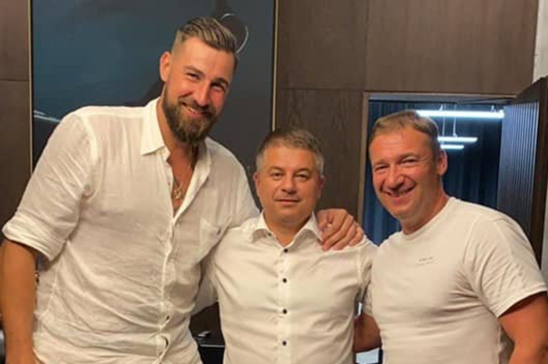J.Valančiūnas bendravo su G.Žiemeliu.<br>Facebook nuotr.