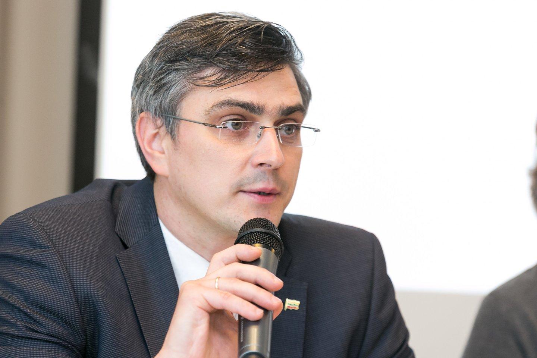 Susibūrusi profesionalų komanda įkūrė Sveikatos teisės institutą (STI).<br>T.Bauro nuotr.