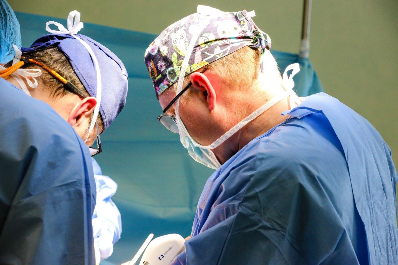 Rugpjūčio 31 d. Lietuvos sveikatos mokslų universiteto ligoninėje (LSMUL) Kauno klinikose registruotas neplakančios širdies donoras.<br>Kauno klinikų nuotr.