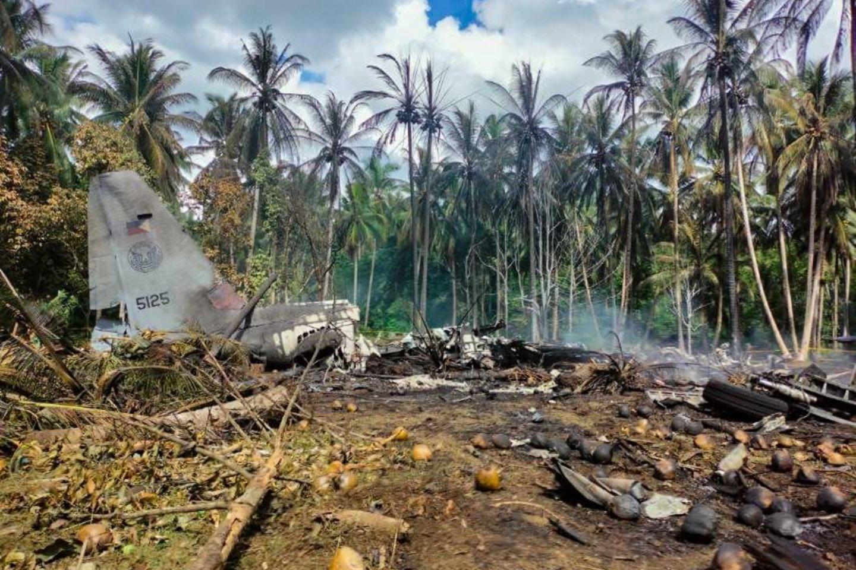 Dauguma žuvusiųjų buvo kariai, turėję eiti tarnybą saloje, kurioje aktyviai veikia islamistais kovotojai.<br>SIPA Press/Scanpix nuotr.