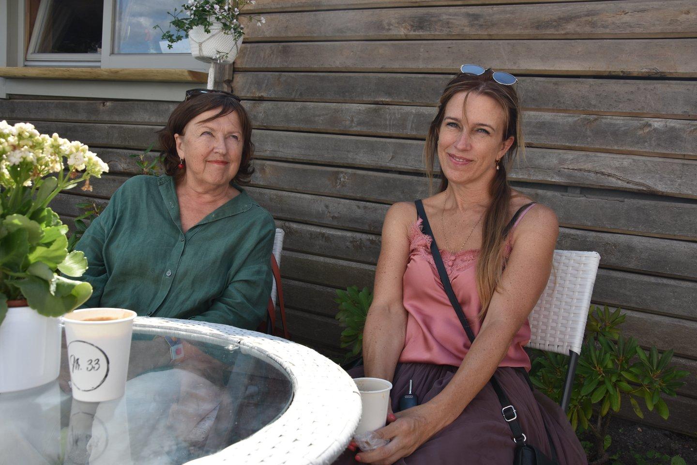 Talsai ir jų žmonės. Miesto dailininkė Guna Millersonė su dukra Bibija.