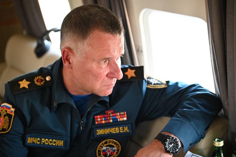 """Rusijos nepaprastųjų situacijų ministras Jevgenijus Ziničevas žuvo ne per pratybas """"vykdydamas tarnybines pareigas"""", kaip oficialiai buvo skelbta iškart po nelaimės, įvykusios trečiadienį Krasnojarsko krašte.<br>kremlin.ru"""
