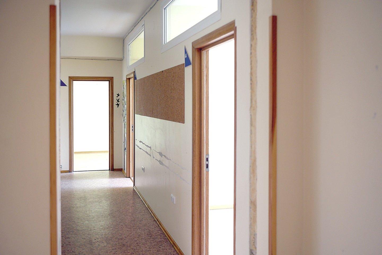 Migrantams skirtose patalpose reikėtų atlikti tiktai kosmetinį remontą.<br>V.Skaiaričio nuotr.