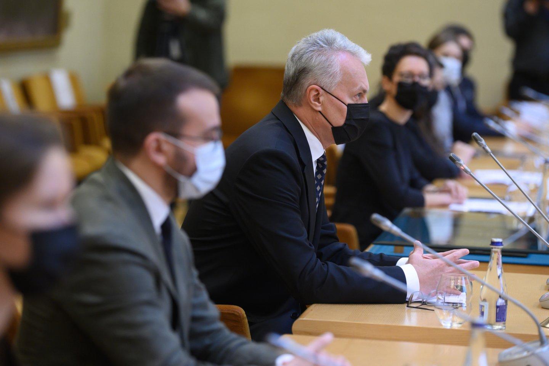 Niekur nepradings ir visai valstybei toliau kenksianti valdančiųjų ir prezidento G.Nausėdos priešprieša.<br>V.Skaraičio nuotr.