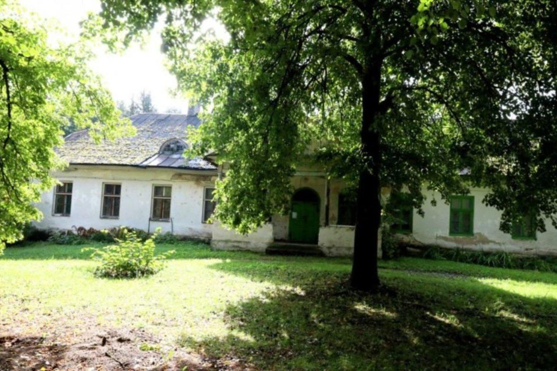 Kone prieš du šimtus metų Škilinpamūšyje dvarą pastatė ir jame gyveno vokiečių baronai Bistramai.<br>A.Švelnos nuotr.