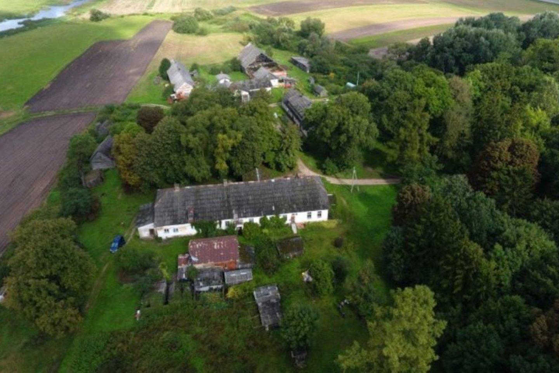 Pasvalio rajone esantis Škilinpamūšis kone per rankos mostą yra įsikūręs nuo Latvijos sienos.<br>A.Švelnos nuotr.