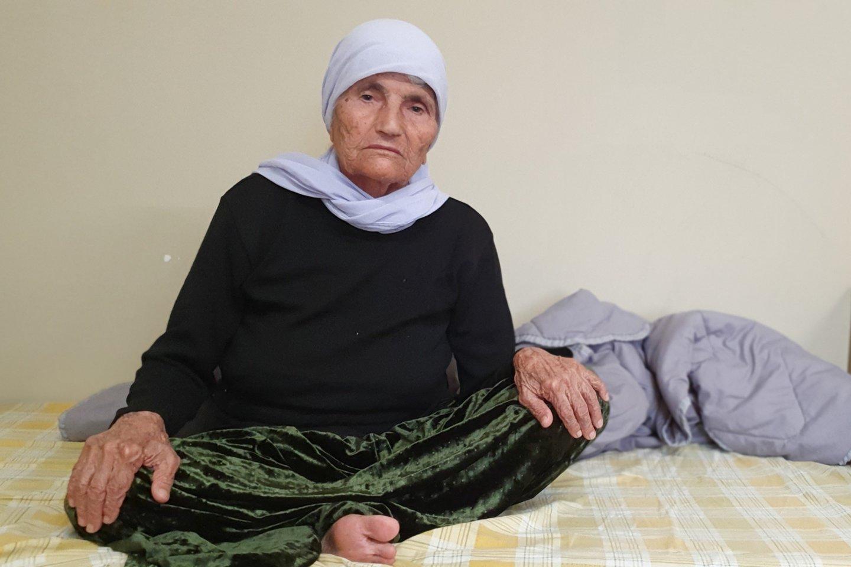 Dabar moteris, kaip ir dar 4 tūkst. į Lietuvą atvykusių migrantų, gyvena viename iš pabėgėlių sulaikymo ir apgyvendinimo centrų.