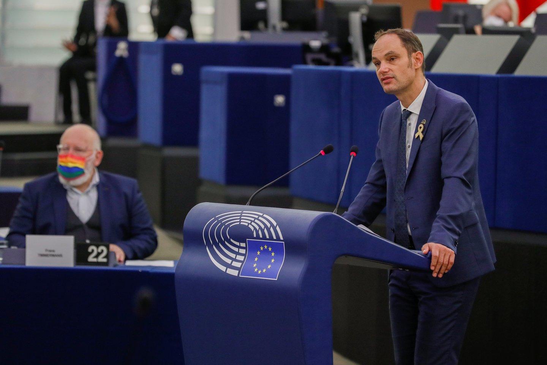 Europarlamentarai ragina ES valstybes pripažinti tos pačios lyties asmenų santuoką ir partnerystę<br>Reuters/Scanpix nuotr.