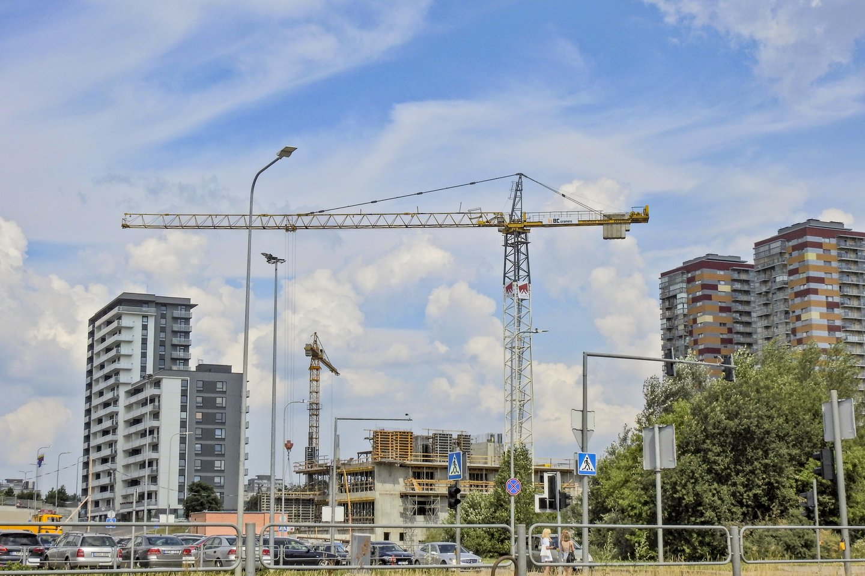 """Pagrindinis Seimo Ekonomikos komitetas siūlo nuo 10 tūkst. iki 30 tūkst. eurų padidinti neskelbiamų mažos vertės pirkimų """"lubas"""".<br>V.Ščiavinsko nuotr."""