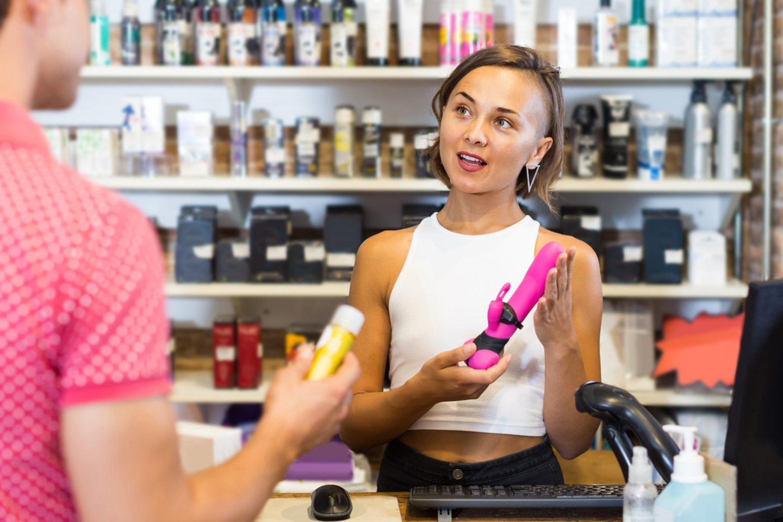 """Dirbti konsultante vienoje """"Fantazijos.lt"""" parduotuvėje Deimantė pradėjo neturėdama išankstinių nusistatymų.<br>123rf.com asociatyvi nuotr."""