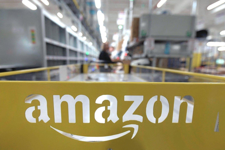 """""""Amazon"""" planuoja JAV pasamdyti dar 125 tūkst. darbuotojų.<br>""""Scanpix"""" nuotr."""
