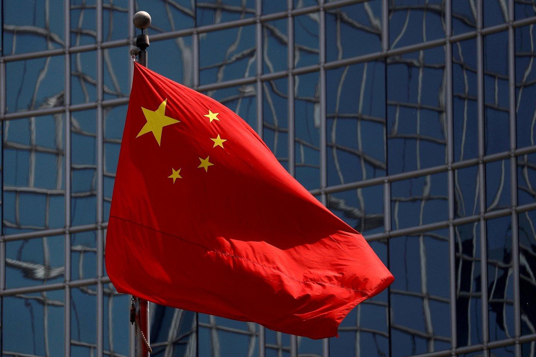 Jungtinės Karalystės parlamentas neįsileidžia Kinijos ambasadoriaus.<br>Reuters/Scanpix nuotr.