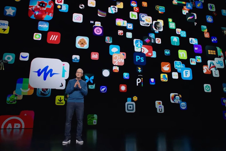"""Naujojo """"iPad"""" pristatymas.<br>Transliacijos stop-kadras."""