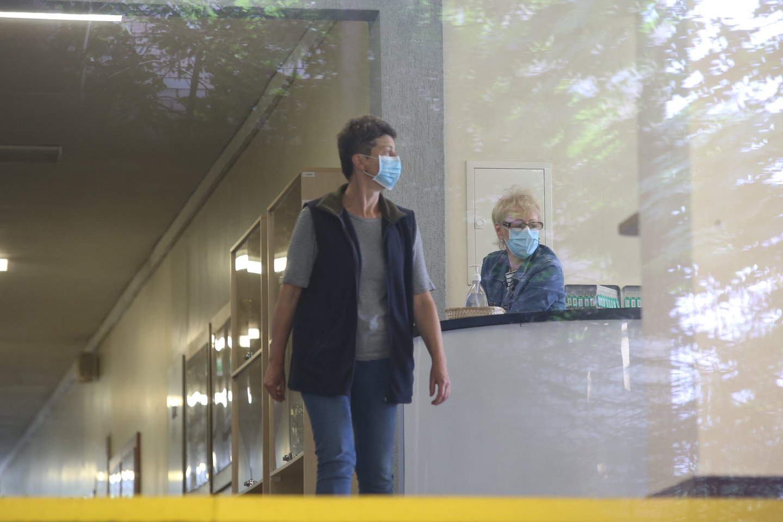Sveikatos ekspertų taryba siūlys atlaisvinti kai kurias pandemijos priemones.<br>R.Danisevičiaus nuotr.