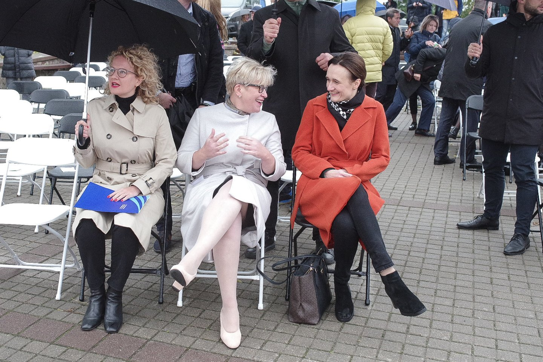 A.Armonaitė, I.Šimonytė ir V.Čmilytė-Nielsen Liberalų sąjūdžio suvažiavime.<br>V.Ščiavinsko nuotr.