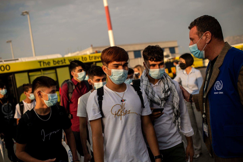 Graikija: į kitas ES šalis perkelta daugiau kaip tūkstantis be palydos atvykusių nepilnamečių migrantų.<br>AFP/Scanpix nuotr.