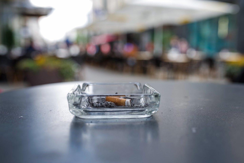 Viena iš labiausiai sveikatą žalojančių priklausomybių yra rūkymas.<br>V.Ščiavinsko nuotr.