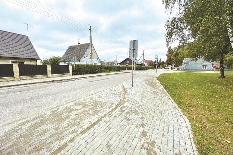 Atnaujintos Mindaugo ir Pavasario gatvės, išspręsta ilgus metus vairuotojus varginusi automobilių statymo problema.<br>Aldo Surkevičiaus nuotr.