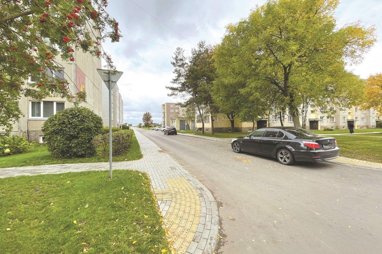 Respublikos gatvės kvartale – nepalyginamai erdviau. Visuose kvartaluose įrengta daugiau kaip 2 tūkstančiai automobilių stovėjimo vietų. Gausu jų ir Žemaitės kvartale.<br>Aldo Surkevičiaus nuotr.