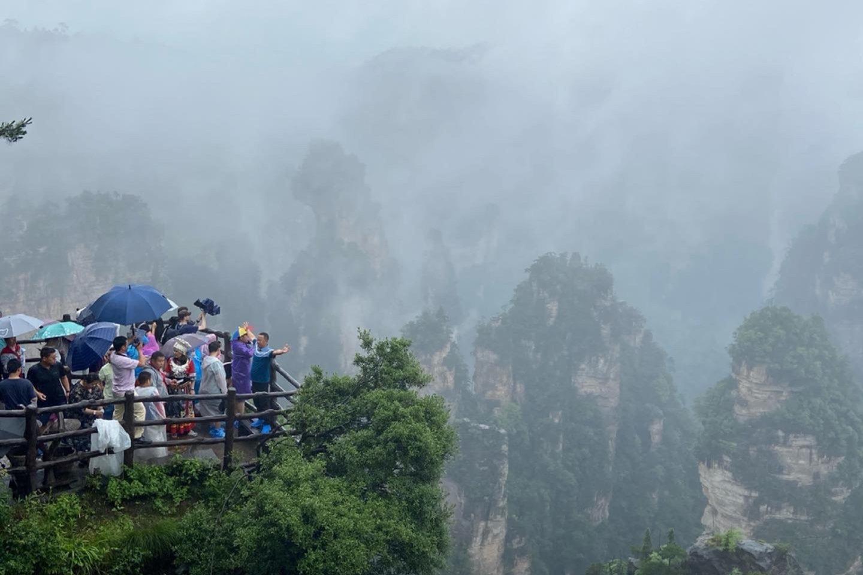 FIBA vaikų krepšinio treneris Andrius Litvinas papasakojo, kaip gyvenimas pasikeitė Kinijoje per pandemiją. Lietuvis išnaudojo karantiną ir keliavo po šalį išvengdamas turistų spūsčių.<br>Autoriaus nuotr.