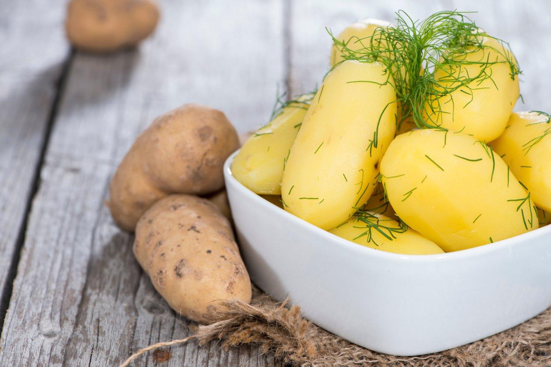 Nepaverskite bulvių svarbiausiomis daržovėmis.<br>123rf nuotr.