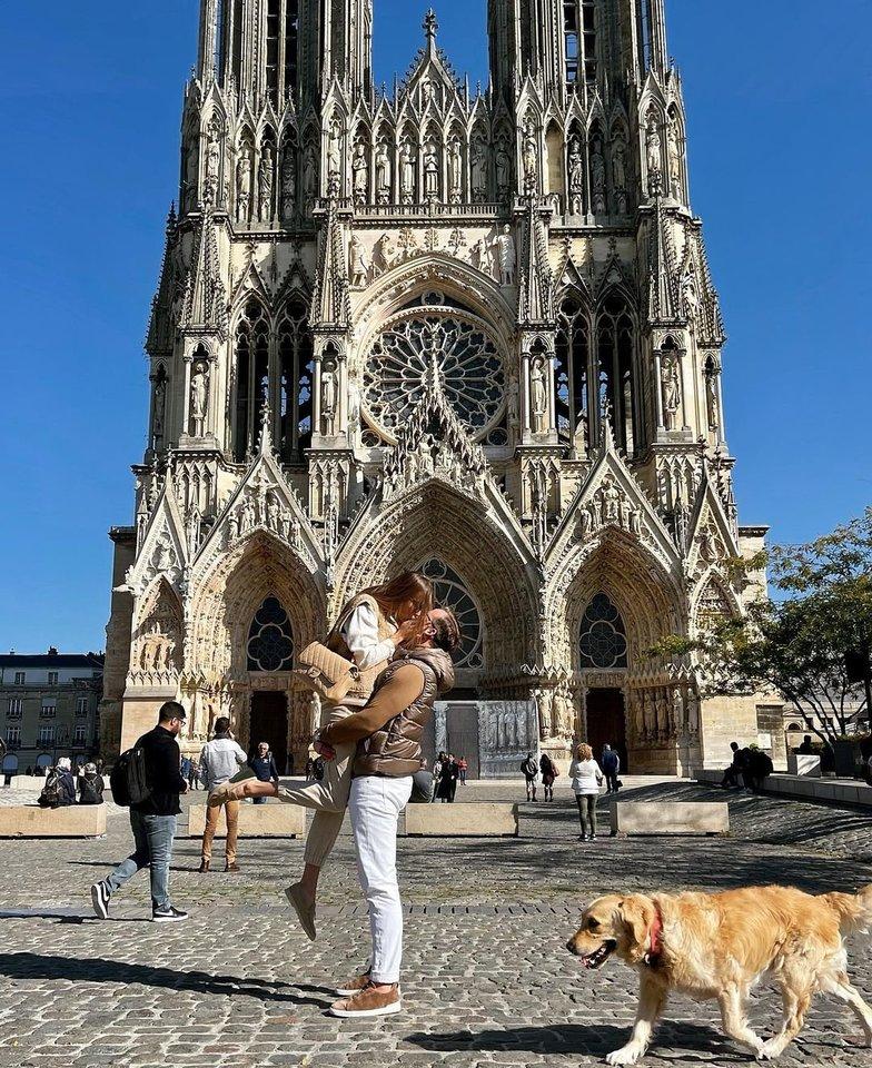 Viktorija Siegel-Suodaitė su vyru pasinėrė į Prancūzijos romantiką.<br>Asmeninio albumo nuotr.
