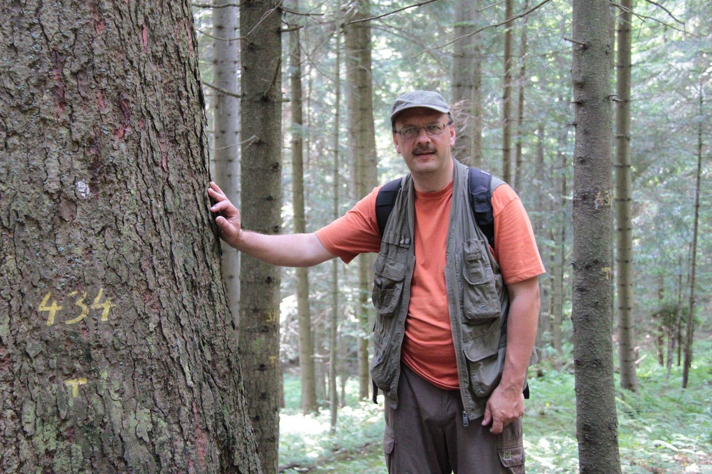 VDU Žemės ūkio akademijos Miškų ir ekologijos fakulteto Miško biologijos ir miškininkystės instituto direktorius prof. Gediminas Brazaitis.<br>Asmeninio albumo nuotr.