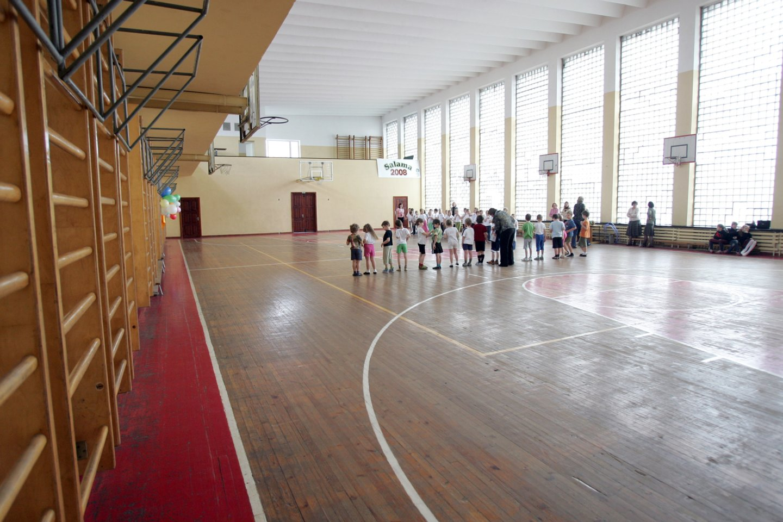 sporto salė, mokykla<br>T.Bauro asociatyvinė nuotr.