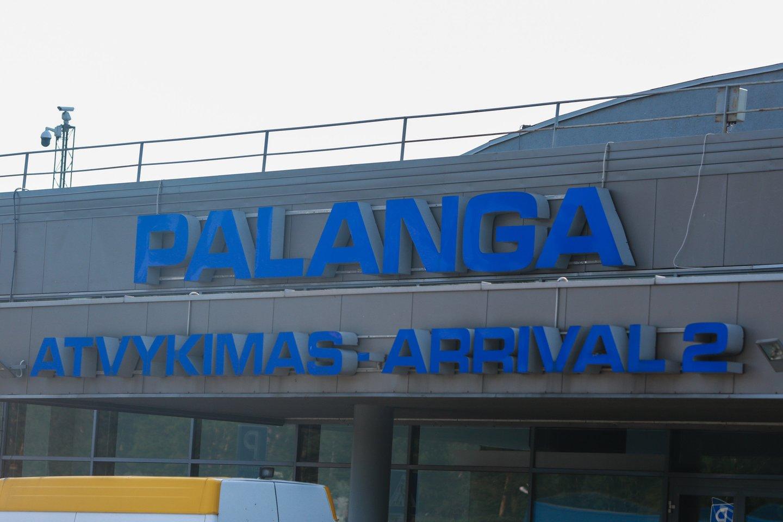 Rugsėjo pradžioje pradėta Palangos oro uosto modernizacija jau artėja prie pabaigos.<br>G.Bitvinsko nuotr.